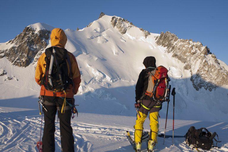 Δύο ορειβάτες πέθαναν από το κρύο ενώ έκαναν αναρρίχηση στο Λευκό Όρος | Newsit.gr