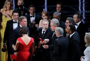 Όσκαρ: Οι απίστευτες αντιδράσεις των πρωταγωνιστών μετά το χαμένο αγαλματίδιο! [vids]