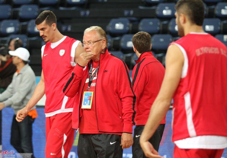 Το NewsIt στην προπόνηση του Ολυμπιακού και της Μπαρτσελόνα   Newsit.gr