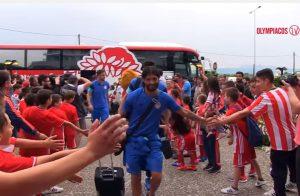 Ολυμπιακός: Η υποδοχή των πρωταθλητών στο Αγρίνιο [pics, vid]