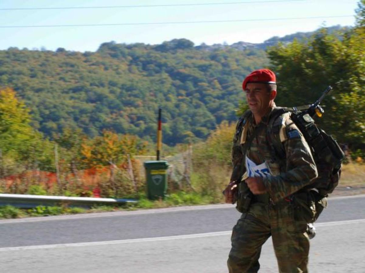 «Στα χνάρια των Βαλκανικών»! Πορεία 270 χλμ. από 67 άνδρες και 4 γυναίκες των ΕΔ! ΦΩΤΟ | Newsit.gr