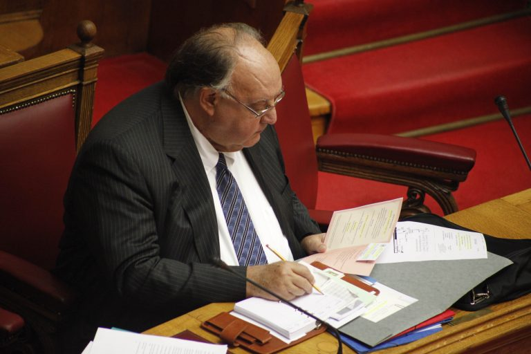 Αναλαμβάνει δράση ο Πάγκαλος | Newsit.gr