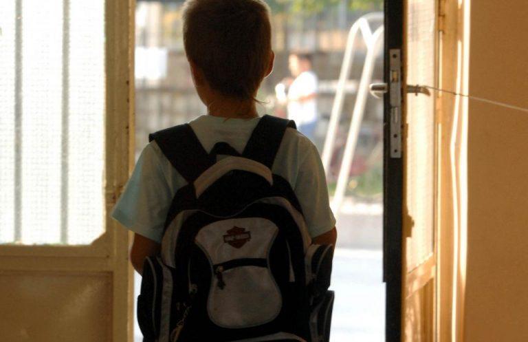 Ξεσηκωμός γονέων στη Θεσσαλονίκη για προσφυγόπουλο με ηπατίτιδα Α | Newsit.gr