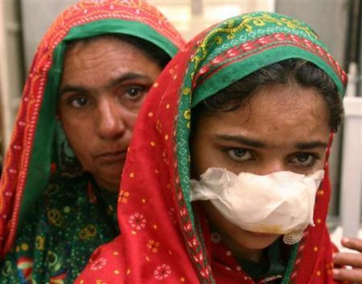 Πάνω από 700 γυναίκες θανατώθηκαν για λόγους τιμής στο Πακιστάν | Newsit.gr