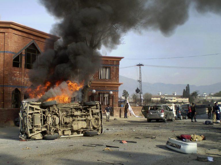 Νέες επιθέσεις στο Πακιστάν | Newsit.gr