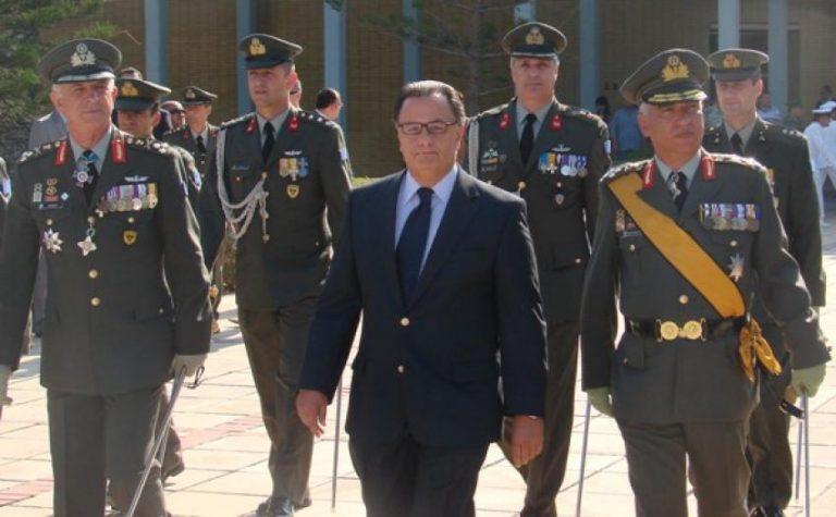 Παναγιωτόπουλος :Τι είπε για τις περικοπές μισθών στους στρατιωτικούς   Newsit.gr
