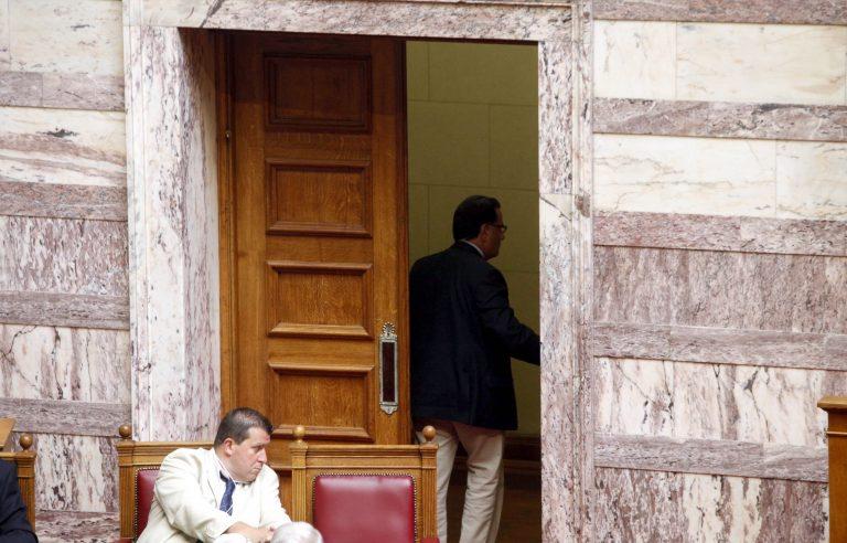 Τα «ρέστα» του παίζει στις περικοπές ο Παναγιωτόπουλος – Τι περιλαμβάνει το «πακέτο» 517 εκατομμυρίων | Newsit.gr