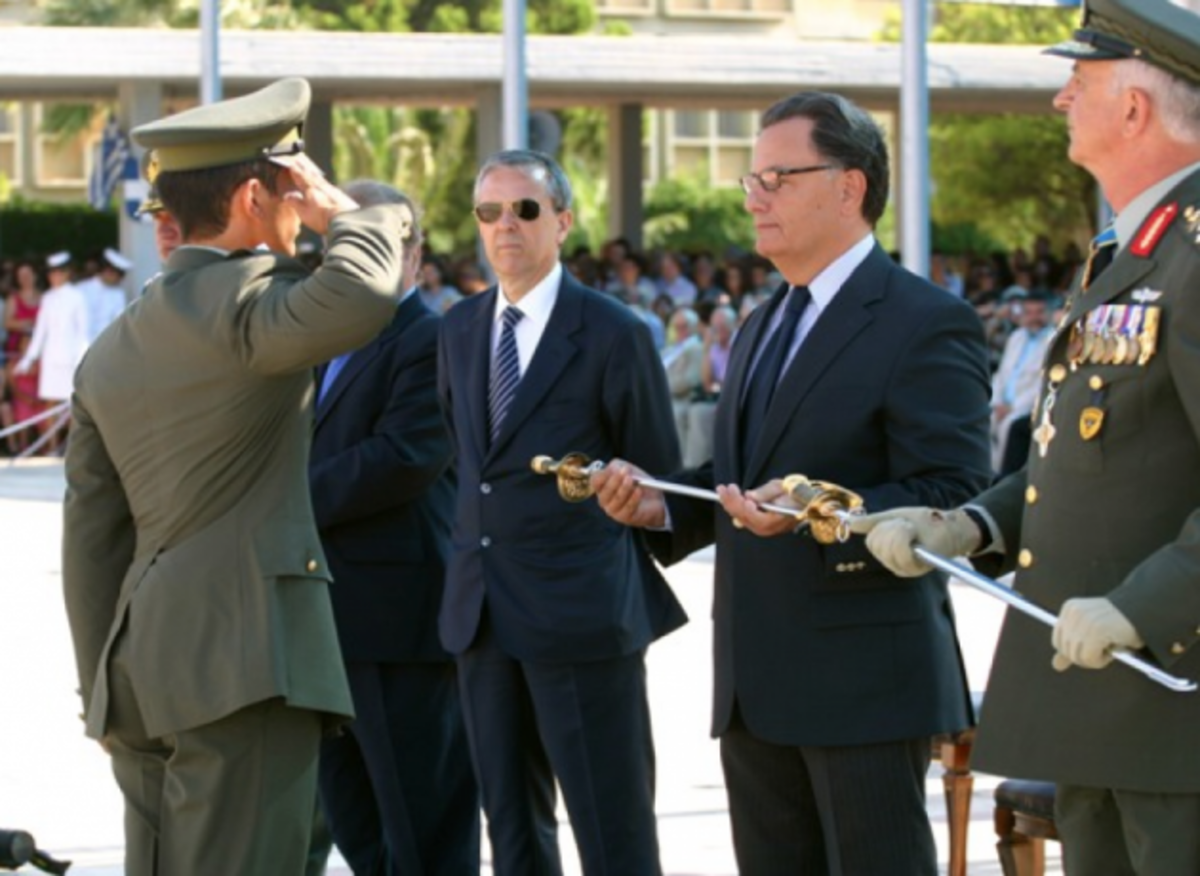 «Τιμοκατάλογος καθήκοντος» δεν υπάρχει στους στρατιωτικούς κ.υπουργέ | Newsit.gr