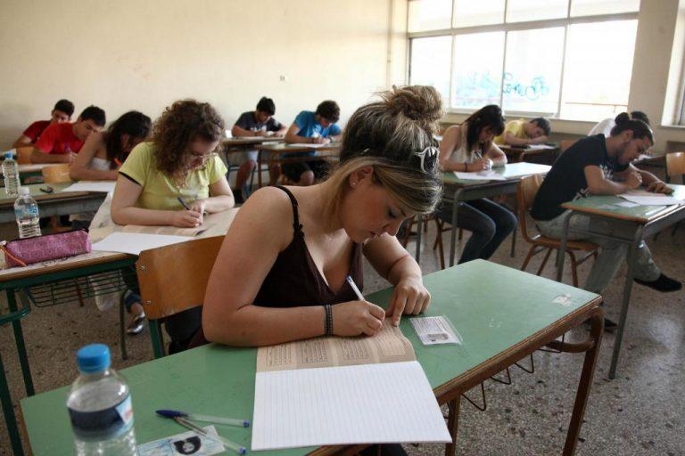 Αρχίζουν την Δευτέρα οι πανελλαδικές – Εμπλοκή λόγω επαναληπτικών εκλογών; | Newsit.gr