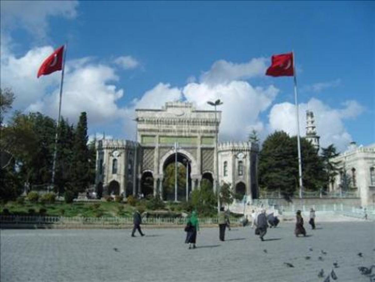 Έλληνες φοιτητές σε τουρκικά πανεπιστήμια, αφού εμείς τα «κλείνουμε»! | Newsit.gr
