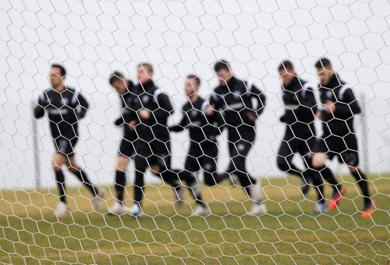 Η βροχή έστειλε στο γυμναστήριο τους παίκτες του ΠΑΟΚ(VIDEO) | Newsit.gr