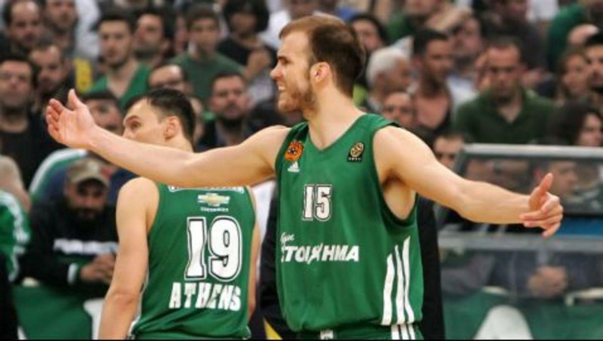 Του αρέσουν τα θρίλερ! (vid) | Newsit.gr