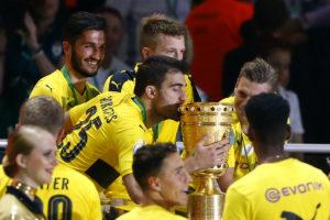 Σήκωσε το κύπελλο Γερμανίας η Ντόρτμουντ του Παπασταθόπουλου [vid ]