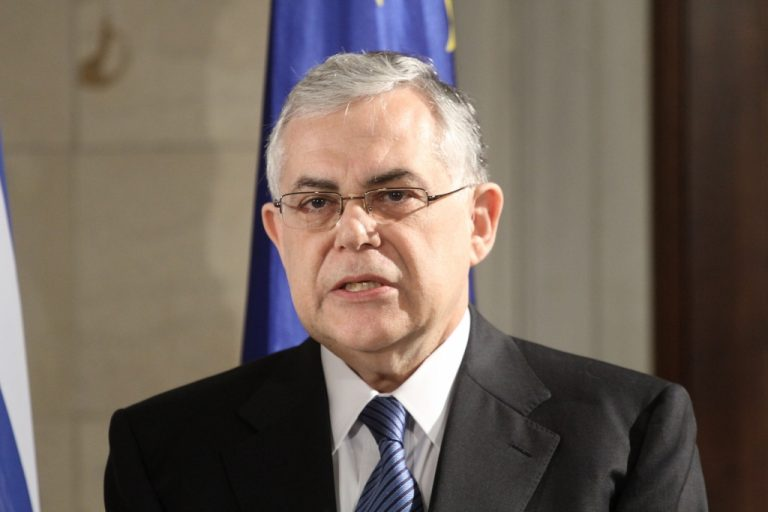 Τετ α τετ Παπαδήμου με δικαστές! | Newsit.gr