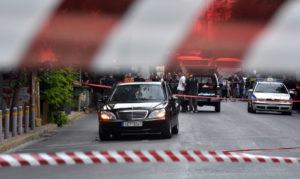 Ανατροπή! Τεράστιο κενό ασφαλείας – Πως πέρασε το τρομο – δέμα στον Λ. Παπαδήμο