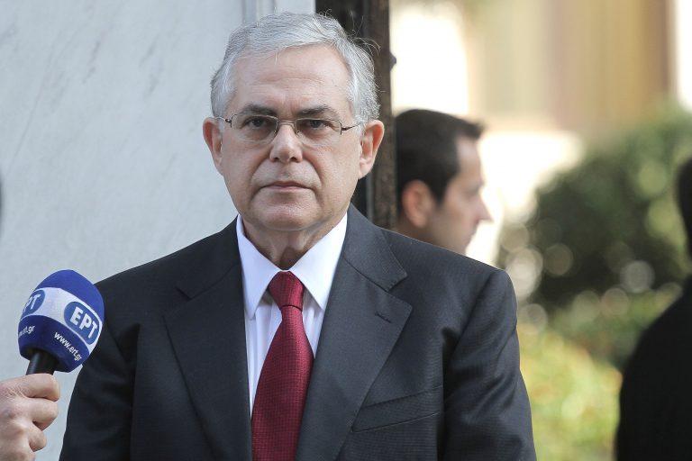 Οι επιχειρηματίες θέλουν Παπαδήμο μέχρι το 2013 | Newsit.gr