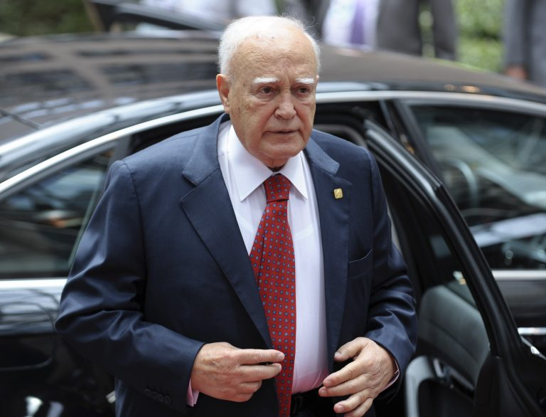 Παπούλιας: Αναγκαίες οι αλλαγές στο μνημόνιο της Ελλάδας | Newsit.gr