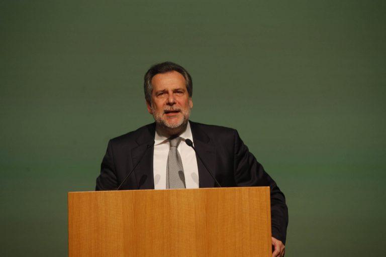 Παπουτσής: Τι κέρδισε ο λαός από την ανατροπή Παπανδρέου;   Newsit.gr