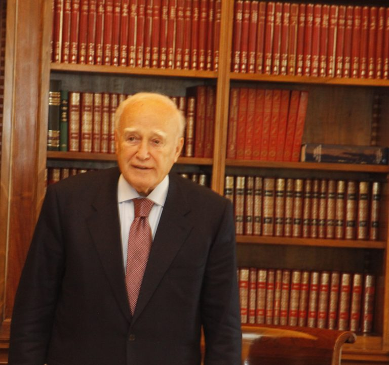 Κ. Παπούλιας: Ενωμένοι θα ξεπεράσουμε τα προβλήματα | Newsit.gr