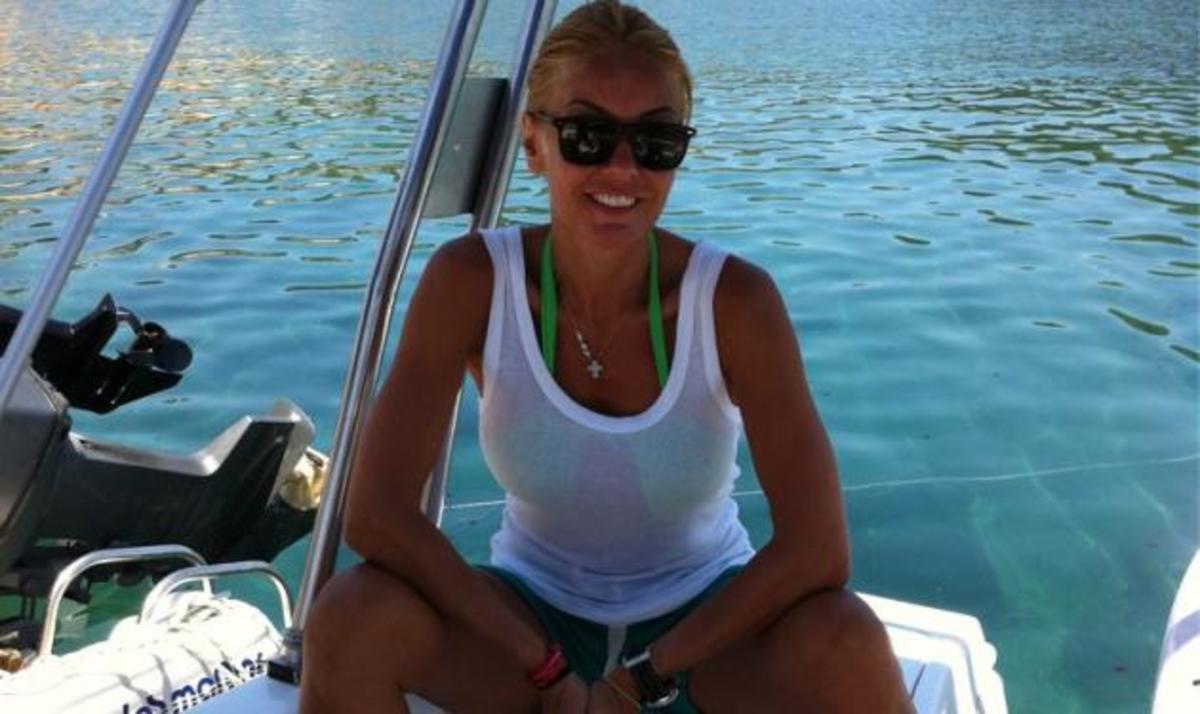 Xρ. Παππά: Διακοπές στους Παξούς! | Newsit.gr