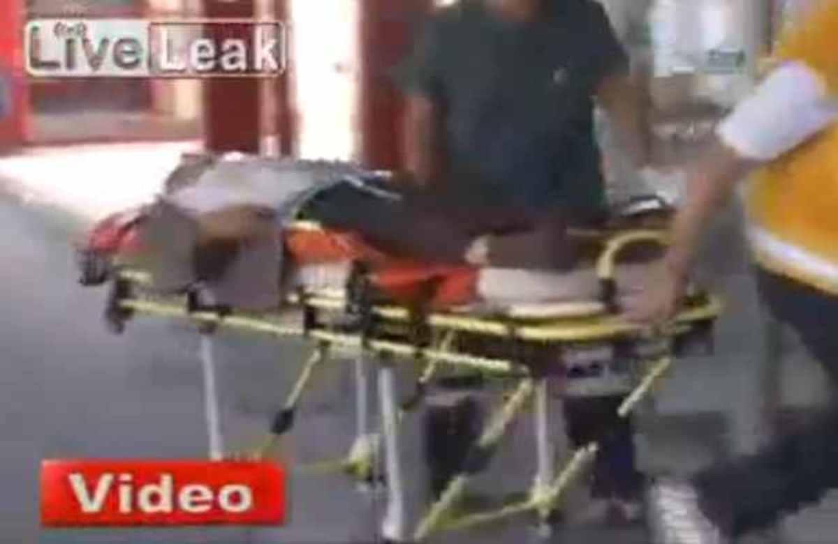 Δείτε προσεκτικά τι θα συμβεί στον παππού πάνω στο φορείο! | Newsit.gr