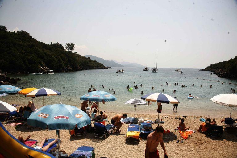 Τα μυστικά της διατροφής όταν κάνει… ζέστη! | Newsit.gr