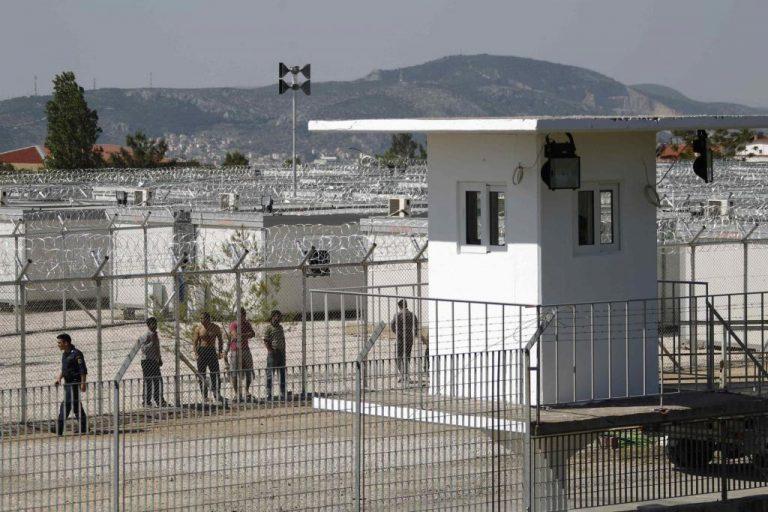 Οι παράνομοι μετανάστες θέμα της προεκλογικής εκστρατείας λένε ξένα μέσα ενημέρωσης | Newsit.gr
