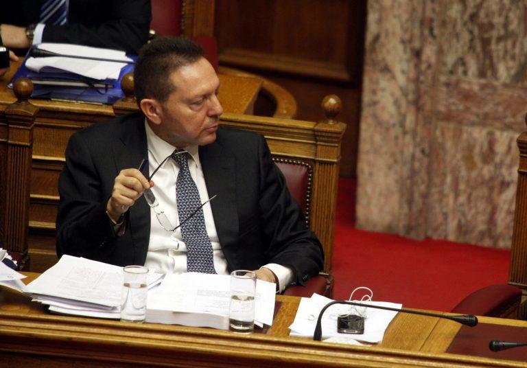 Όλο το παρασκήνιο για το χάος με τους υπαλλήλους της Βουλής   Newsit.gr