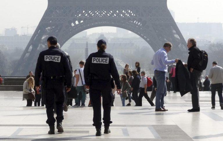Κατά συρροή δολοφόνος κυκλοφορεί στο Παρίσι | Newsit.gr
