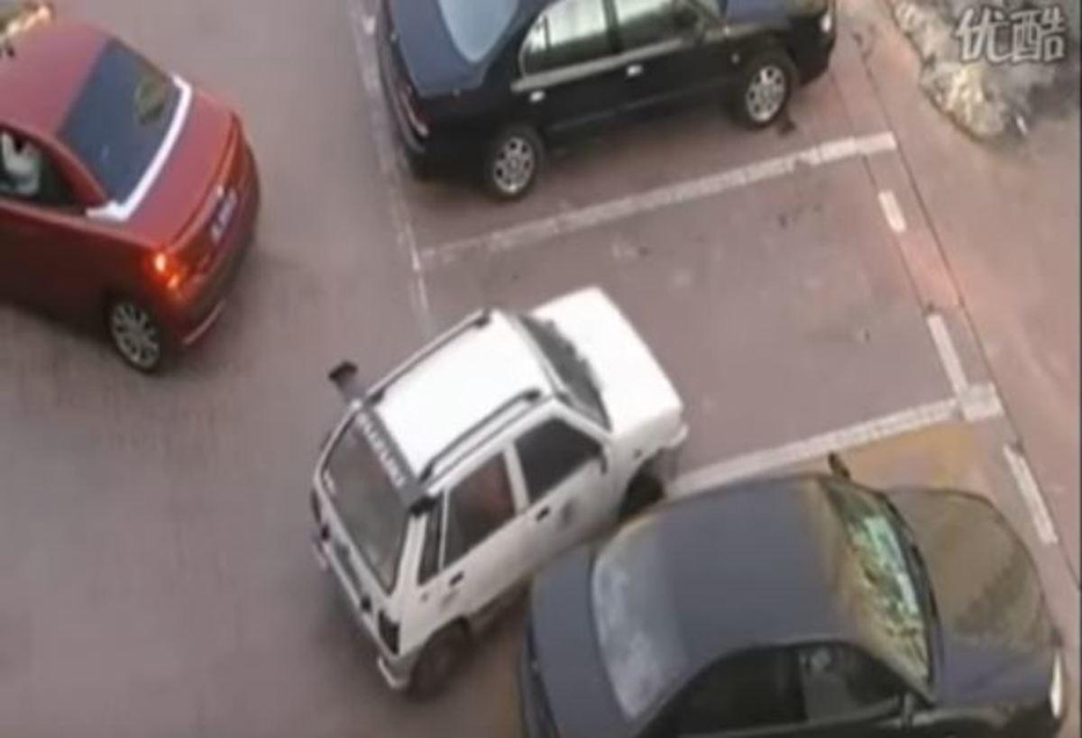 Μην κλέβετε ποτέ θέση πάρκινγκ από γυναίκα! Δείτε τι μπορεί να σας κάνει [vid]   Newsit.gr