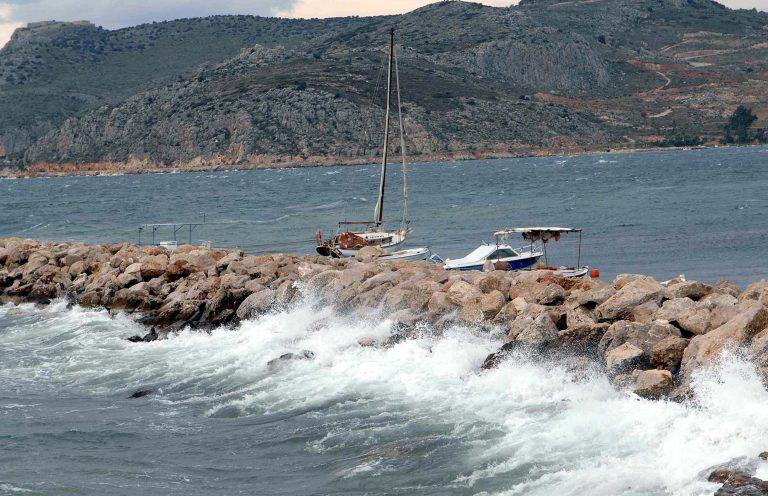 Δύο οι βασικοί ύποπτοι για το έγκλημα της Πάρου – Σε κρίσιμη κατάσταση η 15χρονη | Newsit.gr