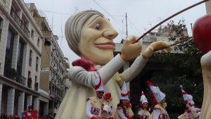 Πατρινό Καρναβάλι 2017: Live εικόνα από τη Μεγάλη Παρέλαση [vids]