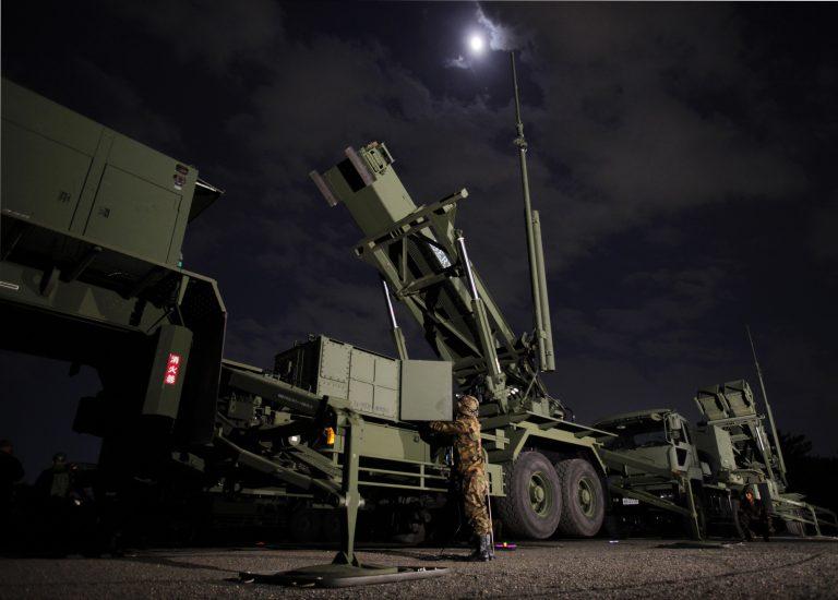 Στην Πολωνία η πρώτη συστοιχία αντιαεροπορικών πυραύλων Πάτριοτ | Newsit.gr