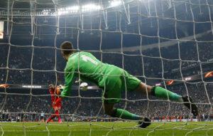 Η UEFA δοκιμάζει κάτι διαφορετικό στη διαδικασία των πέναλτι!