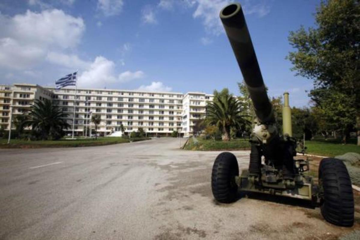 ΑΠΟΚΑΛΥΨΗ: Oι δαπάνες για την Άμυνα μέχρι το 2016 -Τι προβλέπεται για τους μισθούς   Newsit.gr
