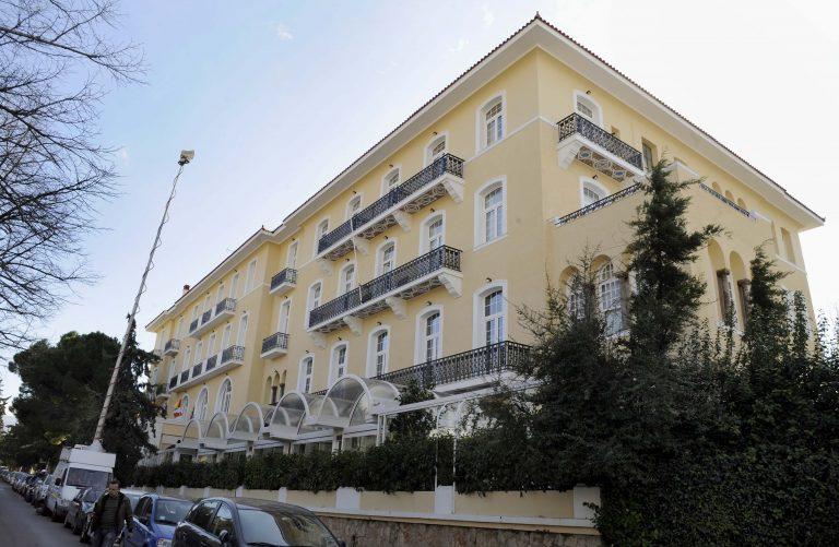 Συνελήφθη για χρέη στο Δημόσιο ο ιδιοκτήτης του ξενεδοχείου «ΠΕΝΤΕΛΙΚΟΝ» | Newsit.gr