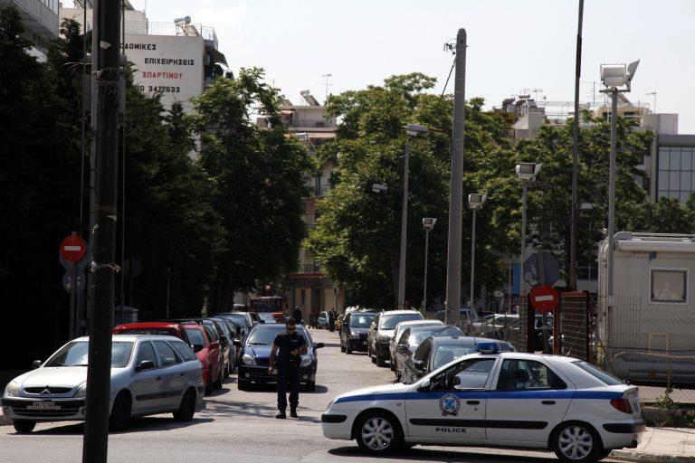 Τρόμος για μια γυναίκα σε δρόμο της Κηφισιάς | Newsit.gr