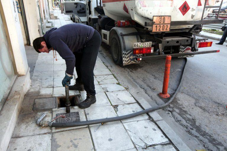 Μετρημένα στα δάχτυλα τα πρατήρια που έχουν πετρέλαιο θέρμανσης | Newsit.gr