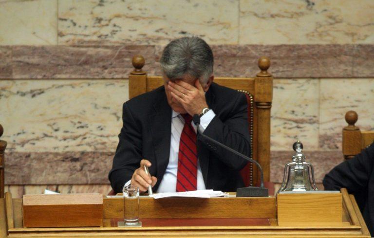 Σχόλιο πικρό: Γιατί ο Παπανδρέου έβαλε τον Πετσάλνικο πρόεδρο της Βουλής   Newsit.gr