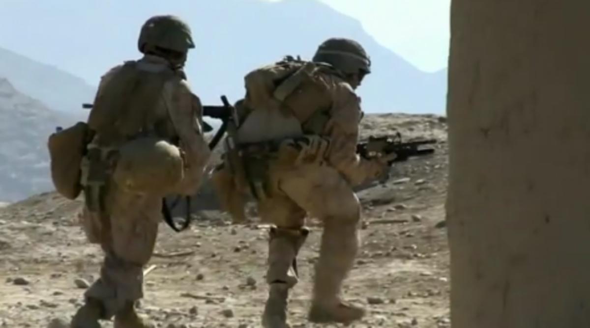 Συγκλονιστικές μάχες πεζοναυτών μπροστά στη κάμερα!Δείτε το βίντεο! | Newsit.gr