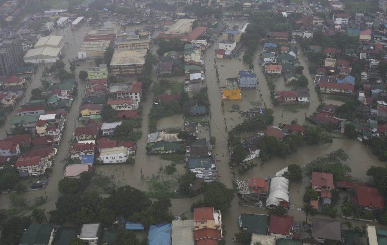Βυθισμένο το 80% της Μανίλα από τις φονικές πλημμύρες! | Newsit.gr