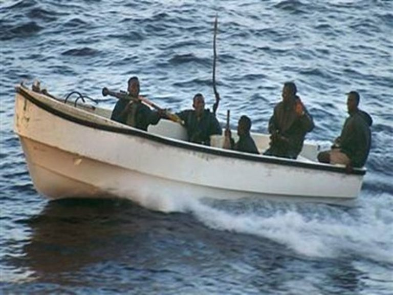 Ελεύθερο το πλοίο που είχαν καταλάβει πειρατές | Newsit.gr