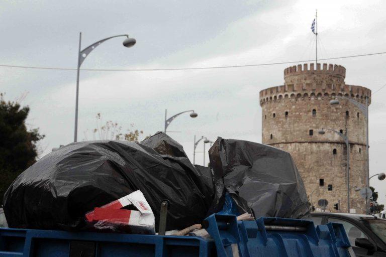 Όργια ανομίας καταγγέλλουν οι φοιτητές μέσα στο ΑΠΘ   Newsit.gr