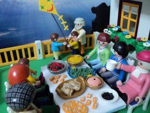 Πώς ευχήθηκε για τη Σαρακοστή και σάρωσε στο facebook η Playmobil!