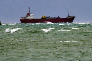 Κύθηρα: Συναγερμός για εισροή υδάτων σε φορτηγό πλοίο με 3.000 τόνους κάρβουνο – Προσάραξε ανατολικά του νησιού!
