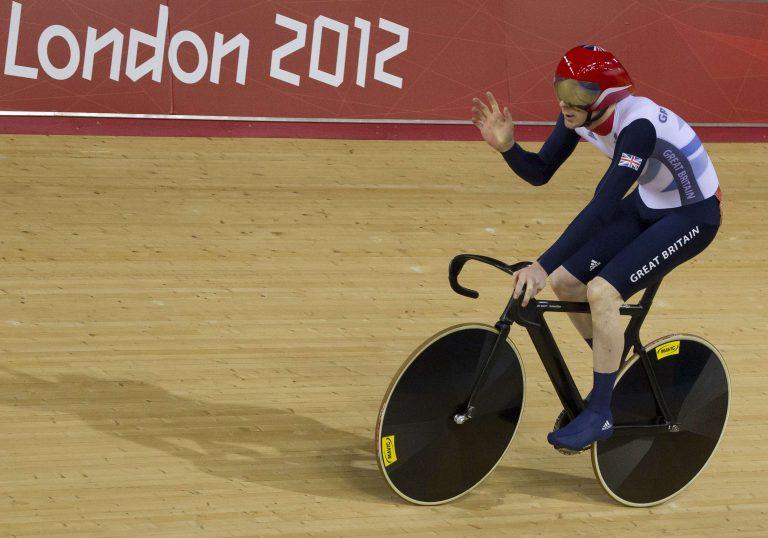 Χρυσό με παγκόσμιο ρεκόρ για τις ποδηλάτισσες της Μ. Βρετανίας | Newsit.gr