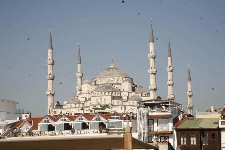 Το Κουβέιτ επενδύει…Τουρκία | Newsit.gr