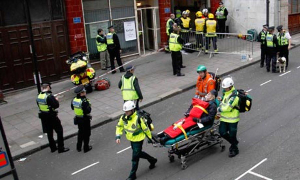 Άνοιξε πυρ και τραυμάτισε 7 άτομα για να εκδικηθεί τη γυναίκα του | Newsit.gr
