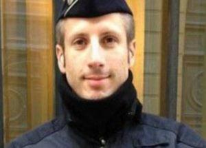 Αυτός είναι ο αστυνομικός που σκότωσαν οι τζιχαντιστές στο Παρίσι [vid]