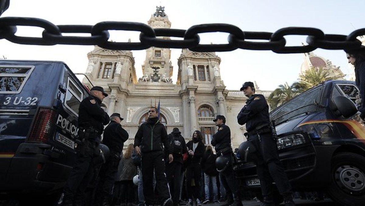 Συνελήφθησαν επτά πληρωμένοι δολοφόνοι στην Ισπανία | Newsit.gr